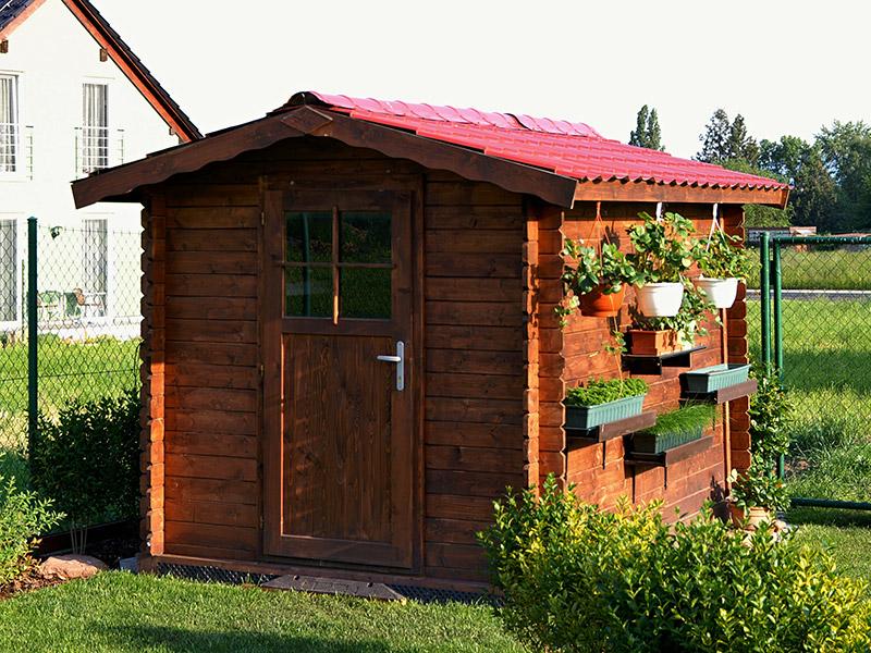 Jak aplikovat lazuru na dřevěný domek