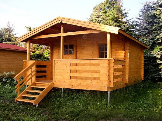 Luka 400x300_atyp - Zahradní domek Luka s čelním přesahem střechy 170 cm a terasou. Tyto domky byly dodány do kempu.