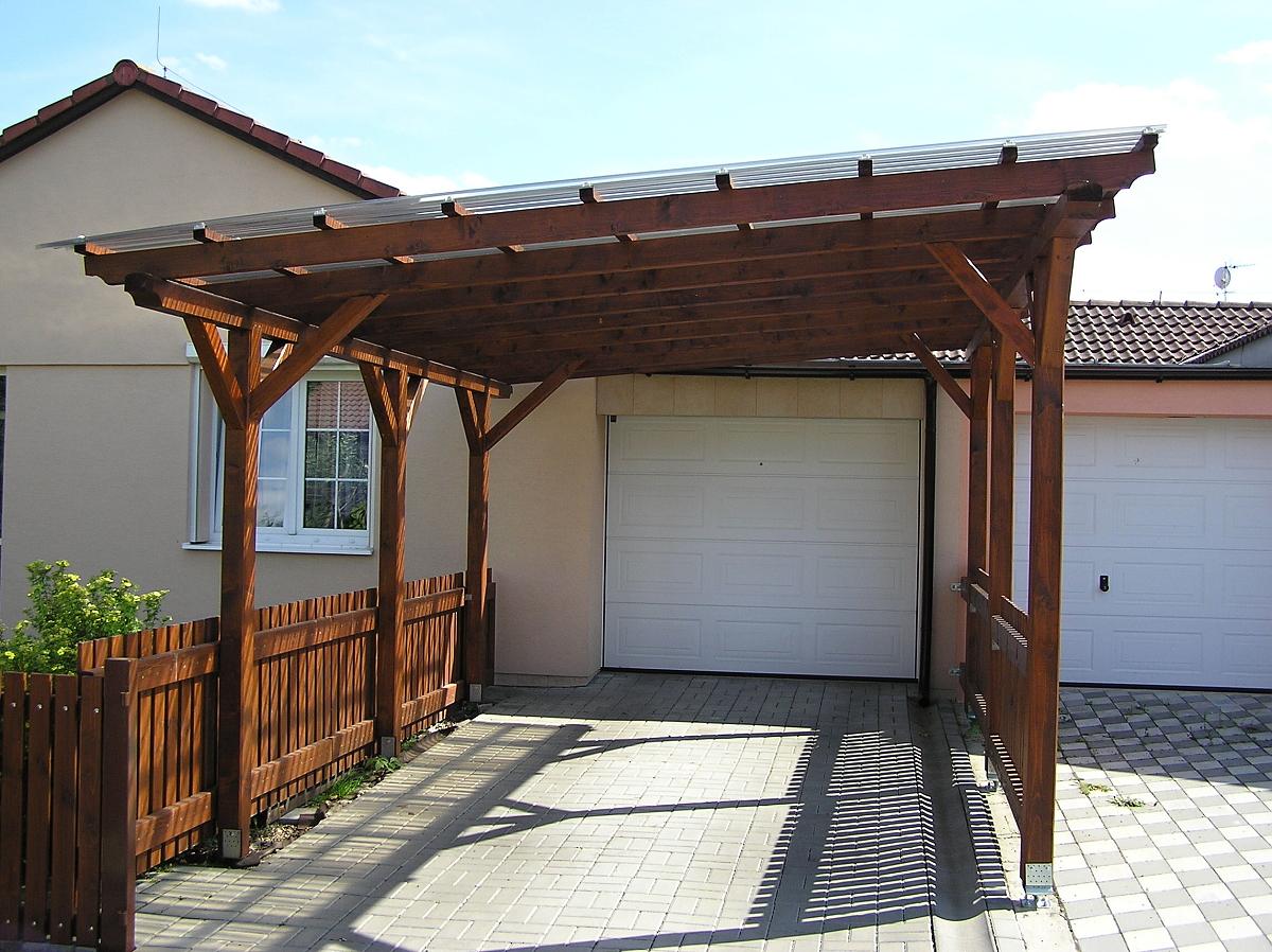 Garážové stání Standard 300x500 - Garážové stání se střechou z polykarbonátových desek WT.
