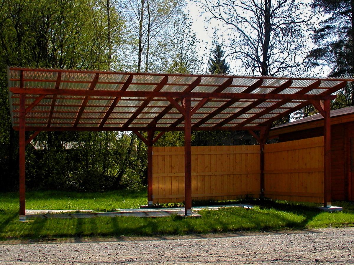 Garážové stání Klasik 692x400 - Garážové stání Klasik se střešní krytinou z polykarbonátových desek WT.