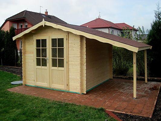Albert EKO DD 250x250 + pristresek - Nářaďový zahradní domek Albert EKO s čelním přesahem střechy 30 cm, s dvoukřídlými dveřmi a s bočním přístřeškem. Dveře jsou atypicky prosklené ze 2/3.