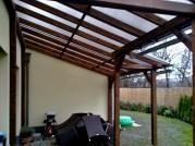 Pergoly Standard ke zdi domu 300x600_Makrolon - Zahradní pergola se střechou z komůrkového polykarbonátu Makrolon.