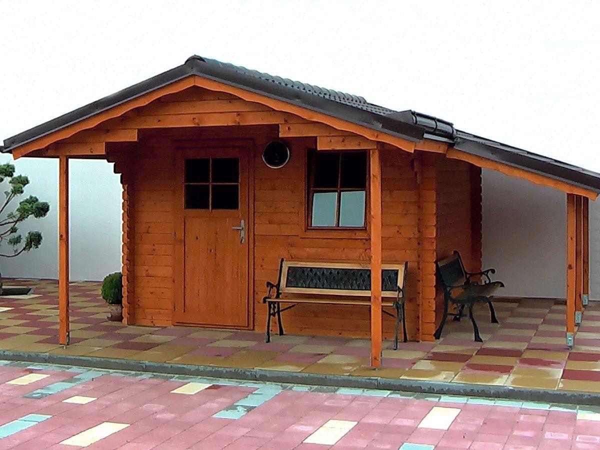 Zahradní domky Laura EKO - Laura EKO 300x300 28 mm s čelním přesahem 170 cm a s přístřeškem