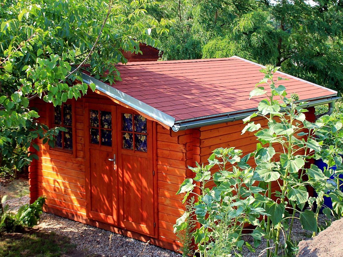 Laura EKO_350x350 - Zahradní domek Laura EKO s dvoukřídlými dveřmi. Standardní provedení.