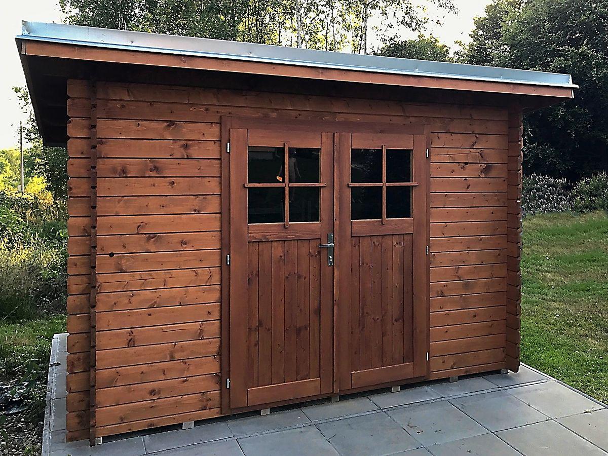 Robin EKO DD 300x200 - Nářaďový zahradní domek Robin EKO s dvoukřídlými dveřmi. Standardní provedení.
